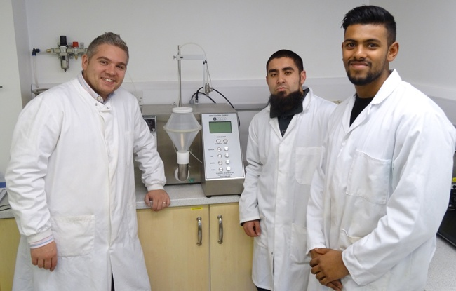 Aaron Quinn with Akhil Shah and Mohammed Elmair Bakhash of University of Reading