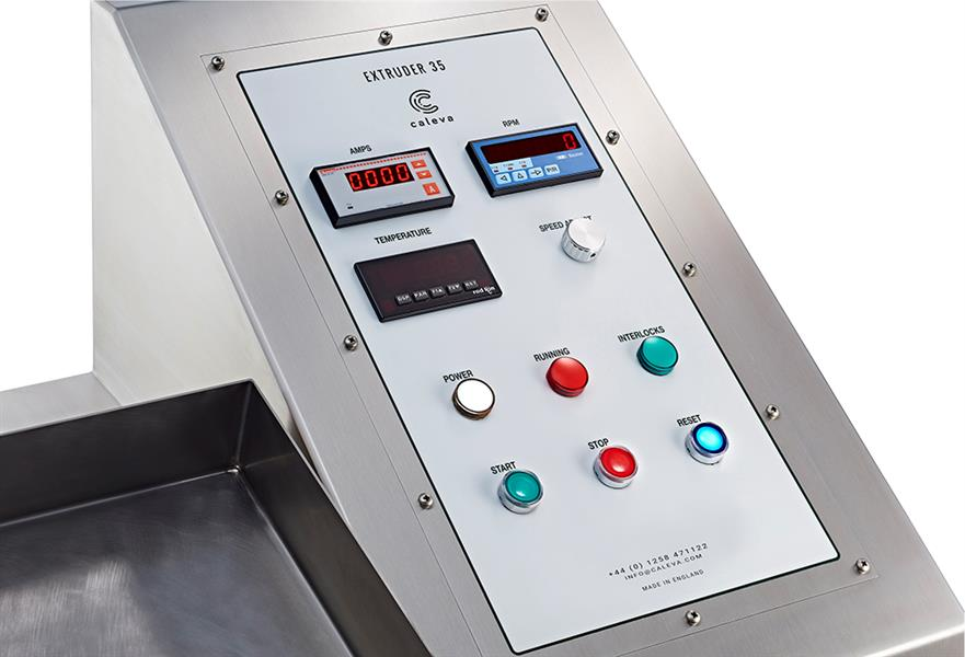close up image of the extruder 35 control panel